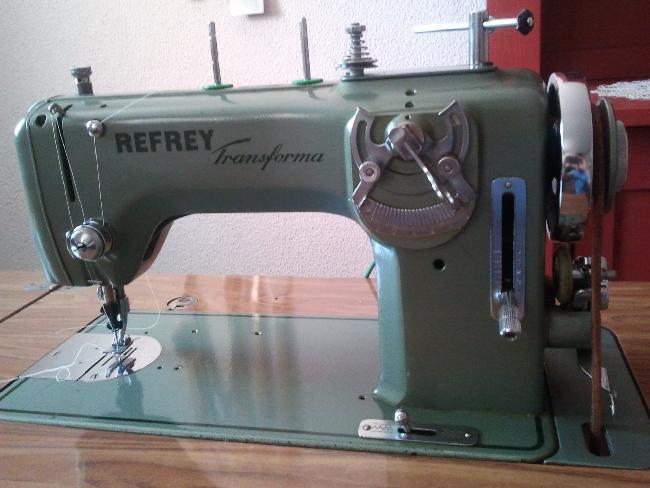 Ocasionalia.com: Maquina de coser Refrey Transforma 427