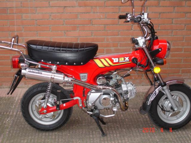 vendo replica honda dax 125 sumco dingo 125 cc. Black Bedroom Furniture Sets. Home Design Ideas